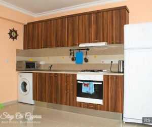 07-rs-aq-5-3-kitchen.jpg