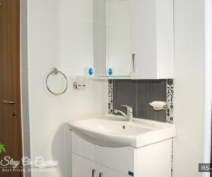 12-rs-aq-5-3-bath.jpg